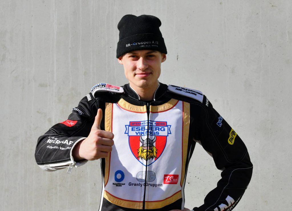 Matias Nielsen forlænger med Esbjerg Vikings